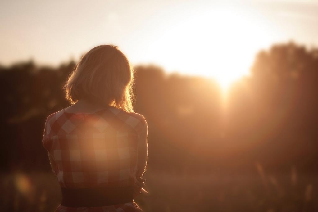 sunset-girl-399